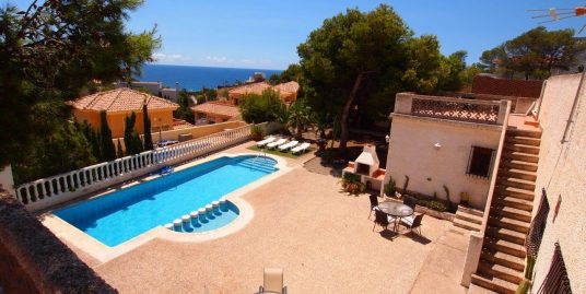 251. LOVELY TWO VILLAS ON 900M2 PLOT  – POOL – SEA VIEWS – 7 MIN WALKING FROM BEACH – ISLA PLANA