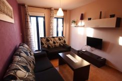 GROUND FLOOR 3 BEDROOMS AND 2 BATHROOMS. FURNISHED AIR COND.