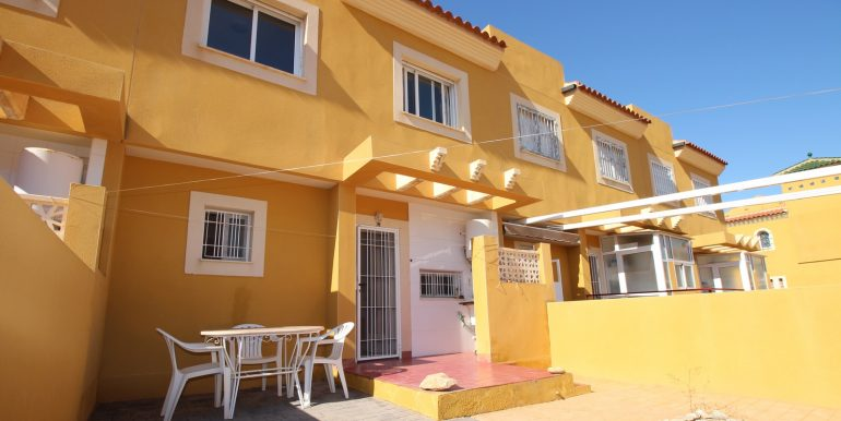 SUNNY 3 BEDROOMS TOWNHOUSE FOR SALE ISLA PLANA4