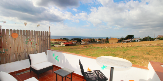 1602. DUPLEX Renovated 3 bedroom, TERRACE sea views – ISLA PLANA