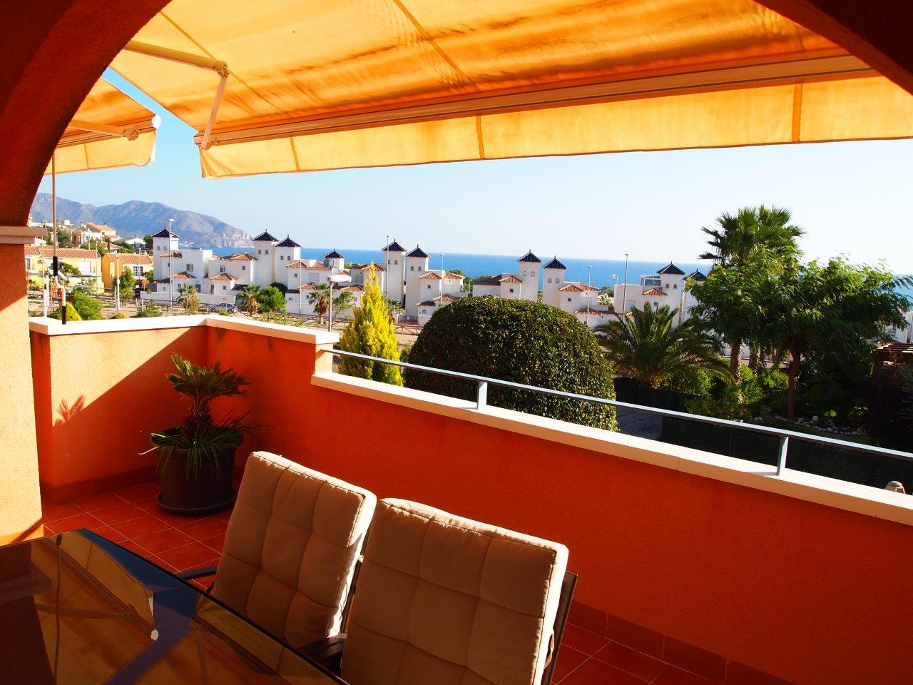 1202. SUPERB APARTMENT GROUND FLOOR SEA VIEWS AND SOUTH FACING, GARDEN AND LARGE TERRACE POOL