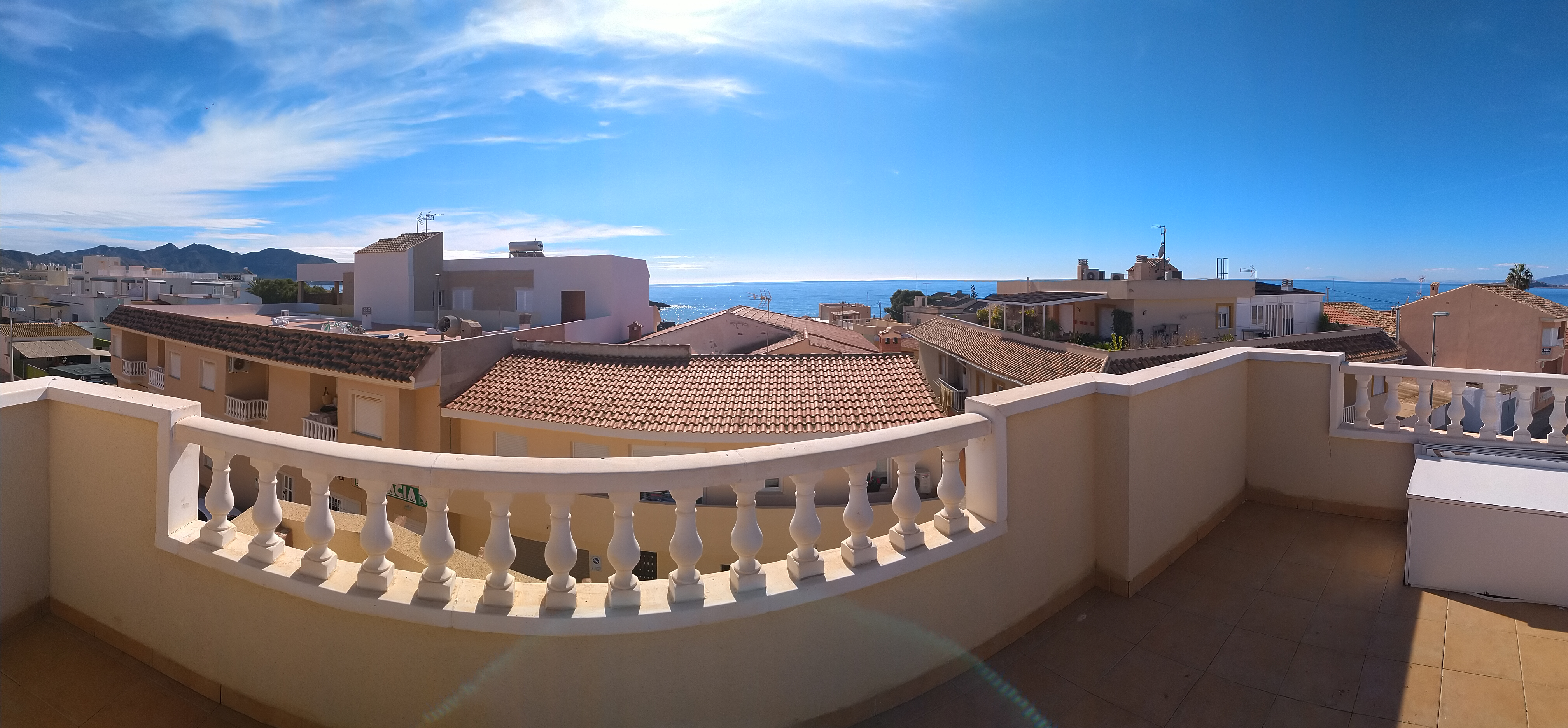 1406. PENTHOUSE APARTMENT 1B – TERRACE FRONT PLUS SOLARIUM 50M2 SEAVIEWS – CENTER.