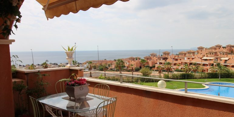 LOVELY 2 BEDROOMS APPARTMENT WITH SEA VIEWS FOR SALE IN ISLA PLANA12