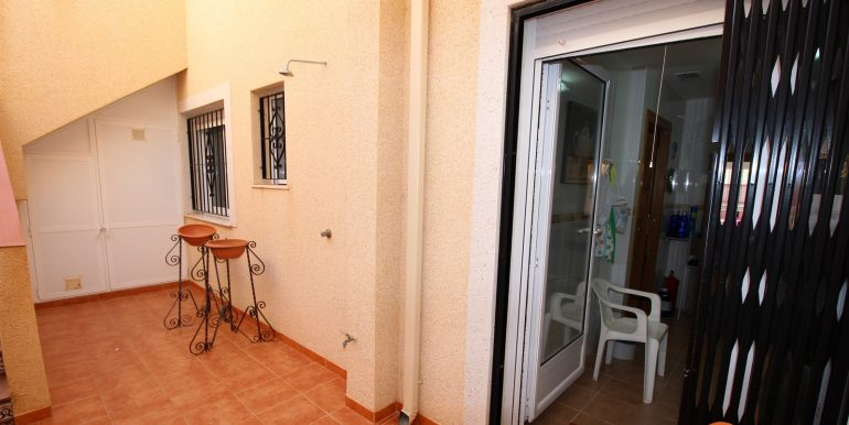 TOWNHOUSE WITH 3 BEDROOMS ISLA PLANA CENTER FOR RENT 22
